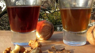 Настойка на перепонках грецкого ореха