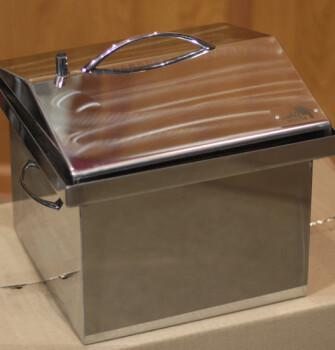 """Коптильня для горячего копчения с крышкой """"Домик"""" (300 х 300 х 250) из нержавеющей стали"""